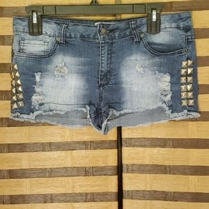 Hot Topic studded shorts